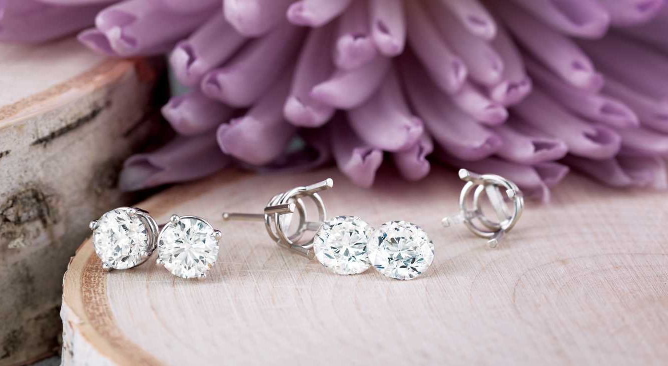 3 Types of Earrings for Every Occasion - Princess Jewelry